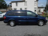 2003 Chrysler Town and Country LX
