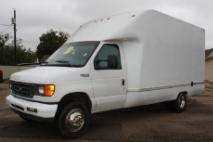2004 Ford  E-350 Super Duty