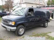 2002 Ford E-Series Van E-250