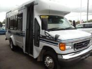 2006 Ford E-Series Chassis E-350 SD