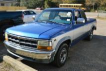 1995 Dodge Dakota Base
