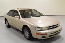 1997 Nissan Maxima SE