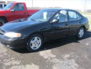 2000 Nissan Altima XE