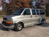 2004 Chevrolet Express 1500 135' WB RWD