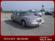 2000 Lincoln Town Car Signature