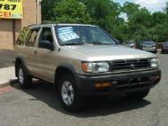 1997 Nissan Pathfinder SE-V6 4WD