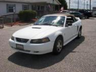 2000 Ford Mustang Base