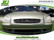 2000 Hyundai Sonata Base