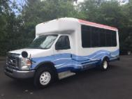 2009 Ford E-Series Chassis E-450 SD