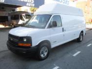 2006 Chevrolet Express Cargo Van 3500