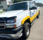 2005 Chevrolet Silverado 3500 LS Crew Cab 4WD SRW