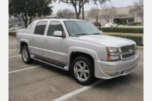 2005 Chevrolet Avalanche ONLY 90K MILES WOW
