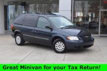 2007 Chrysler Town and Country Base