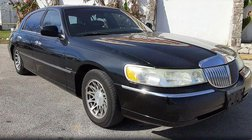 2002 Lincoln Town Car Signature