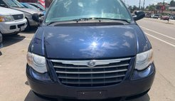 2005 Chrysler Town and Country Touring