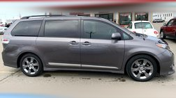 2012 Toyota Sienna SE 8-Passenger