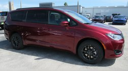 2020 Chrysler Pacifica AWD Launch Edition