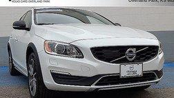 2017 Volvo V60 Cross Country T5 Platinum