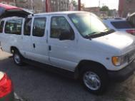 2000 Ford Econoline Wagon E-350 Super Ext XLT