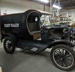 1925 Ford clean title, well-maintained