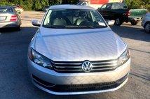 2014 Volkswagen Passat 1.8T Wolfsburg Edition Sedan 4D
