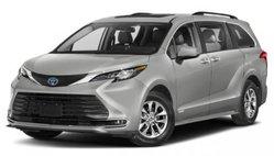2022 Toyota Sienna XLE