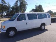 2003 Ford E-Series Wagon XL