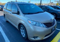 2012 Toyota Sienna LE Mobility Auto Access