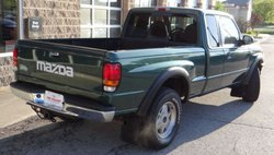 1999 Mazda B-Series Truck SE