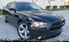 2011 Dodge Charger R/T Plus