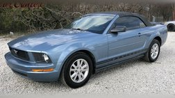 2007 Ford Mustang Deluxe