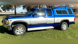 1994 Dodge Dakota Club Cab 6.5-ft. Bed 4WD