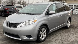 2013 Toyota Sienna LE FWD 8-Passenger Seating
