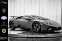 2019 Lamborghini Huracan LP 640-4 Performante