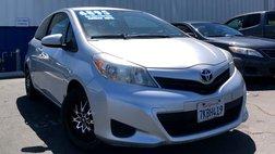 2013 Toyota Yaris LE 3-Door AT
