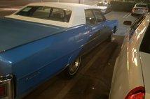 1973 Lincoln Continental 4D Sedan