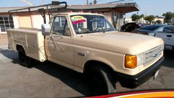1990 Ford F-350 Cab/Chassis 137