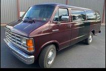 1992 Dodge Ram Wagon B350