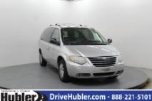 2005 Chrysler Town and Country Limited