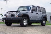 2013 Jeep Wrangler 3 PIECE HARD TOP/4X4/TOWING