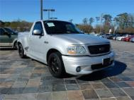 2002 Ford F-150 SVT LIGHTNING Base