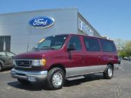 2003 Ford  Chateau