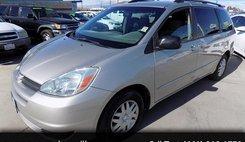 2004 Toyota Sienna LE