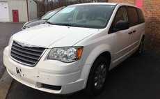 2008 Chrysler Town and Country LX