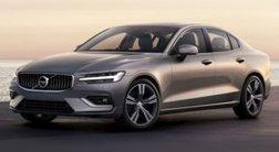 2022 Volvo S60 B5 Momentum