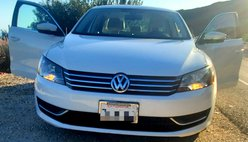 2014 Volkswagen Passat 2.5L SE PZEV