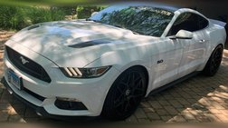 2016 Ford Mustang Petty's Garage King Premier