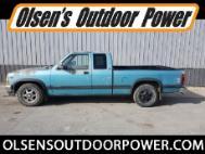 1996 Dodge Dakota Sport Club Cab 2WD