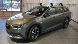 2018 Buick Regal TourX Essence