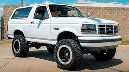 1996 Ford Bronco Custom - Lifted- Show winner